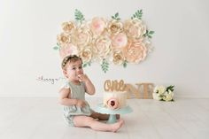 #paperflower #paperflowers #paperflowerbackdrop #nurserydecor #nurserystyling #nurserydecorideas #howmestyling #birthdayparty #bridalshowerdecor #babyshowerdecor #christeningdecor #holycommunion #1stbirthdayparty #cakesmashprops