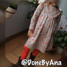 Done By Ana : PlayTime dress and leggings. Vestido y leggings