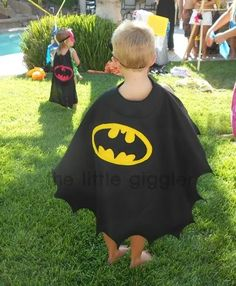 The Little Giggler: Batman Party (with cape tutorial) My awesome Aunt Vickie already made the boys one of these! But 10x better!