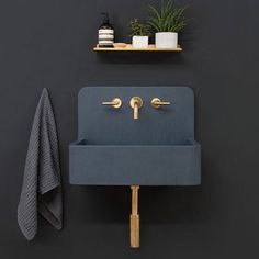 I first encountered Kast Concrete Basins during a trip to London in 2016. I was impressed by their extensive offering of color options for their concrete sinks. The company has since unveiled a new series of patterned sink basins called Kast Canvas! I love how these elegant surface patterns add dimension to these already stunning pieces! #abitravels #europeandesign #designhounds #london