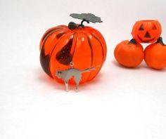 HALF OFF All Halloween Items  Spooky Halloween by jewelrybymatt, $19.50