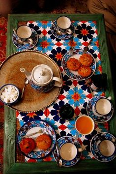 """Tea break in Esfahan"" by Ofelia. Taken in Iran #bestof2012 http://www.travellerspoint.com/users/Ofelia/"