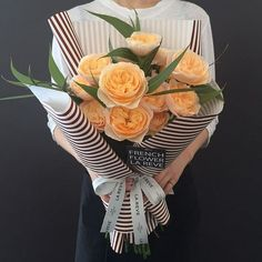 Excellent Gardening Ideas On Your Utilized Espresso Grounds . The French Flower Shop La Reve How To Wrap Flowers, Bunch Of Flowers, Beautiful Flowers, Exotic Flowers, Purple Flowers, Bouquet Wrap, Hand Bouquet, French Flowers, Flower Packaging