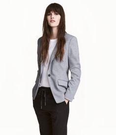 Gently tailored, single-button jacket in sturdy jersey with flap front pockets and a single back vent. Lined. Professional Wardrobe, Business Dresses, Blazer Buttons, Black Blazers, Gray Jacket, Dress Codes, Fashion Online, Black Women, Ideias Fashion