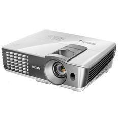 """VIDEOPROYECTOR BenQ W1080-ST. Featuring new-generation wireless connectivity, side projection and short-throw technology, the living room projector gives you the installation and placement flexibility to turn your favourite multimedia content into 100"""" of cinematic enjoyment from only 1.5 meters away.  #BenQ #videoproyector"""