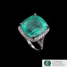 RRV $66775 - 18ct W.G, 16.90ct Colombian Emerald & Diamond Dress Ring