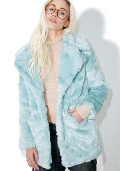 Glamorous Candy Craving Faux Fur Coat cuz sometimez ya just need da sweet stuff! This amazing long sleeve coat features a dreamy plush faux fur construction with exaggerated lapels, dual side pockets and front snap button closure.