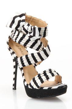 Black & White Heel.