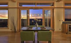Prefab Home Dining Room in Bend, OR - Stillwater Dwellings