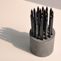 concrete_pencil_vase_kukil_han_bojoong_kim_hogyu_lee