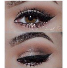 Brown Smokey Eyeshadow