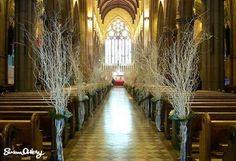 decoration bancs d'eglise  mariage composition florale branchage