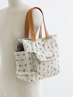 1139 Lola Bag PDF Pattern (2 sizes) - New Release Sale! 50% Off! - ithinksew.com