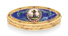 A SWISS JEWELED ENAMELED GOLD SNUFF BOX, GENEVA, CIRCA 1820. Navette-shaped, set with panels of translucent dark-blue enamel on an engine-turned ground, with gold taille d'épargne vases and green enamel foliage and colourful enamel flowers set at intervals with pearls and precious stones, the sides and outer sablé gold borders with slightly raised trailing green enamel foliage set with pearls and precious stones, the cover centred with an oval enamel plaque depicting an altar of love.