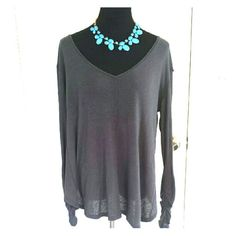 NWT Free People Long Sleeved V Neck Top Super cute lightweight v neck long sleeved top from free people. Free People Tops Tees - Long Sleeve