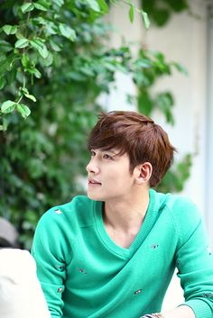 those eyes are actually twinkling in this picture | Ji Chang Wook