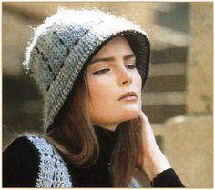 Теплая шляпка с полями