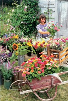 Even after 14 years in her grow flowers for profit business, author Lynn Byczynski still enjoys her job.