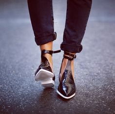 pointy toe flats--zara