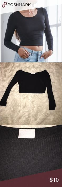Nollie black long sleeve crop top Cute basic black crop top from nollie. Only worn a couple times. Measures 13 inches long. Nollie Tops