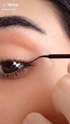 Edgy Makeup, Glamour Makeup, Makeup Eye Looks, Eye Makeup Art, Eye Makeup Tips, Makeup Videos, Makeup Tutorial Eyeliner, Makeup Looks Tutorial, No Eyeliner Makeup
