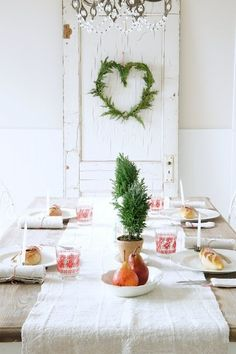 Pretty christmas dining