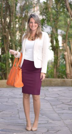 White sleeveless top with cream blazer and burgundy pencil skirt. Fashion Models, Work Fashion, Skirt Fashion, Fashion Outfits, Burgundy Dress Outfit, Burgundy Skirt, Business Casual Outfits, Office Outfits, Classy Outfits