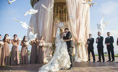 BLOG/ wedding photo by Los Angeles California wedding photographer Samuel Lippke of Samuel Lippke Studios   via junebugweddings.com