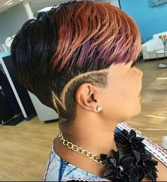 Hair designs for women like these could either stay on one. I wouldn't miss on the extra dramatic designs for my shaved hairdo. Natural Hair Care, Natural Hair Styles, Side Hairstyles, My Hairstyle, Party Hairstyle, Hairstyle Ideas, Hair Affair, Relaxed Hair, Love Hair