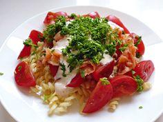 Makaron z łososiem i pomidorami :)
