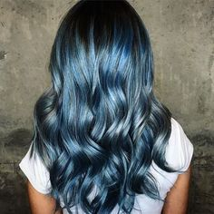 This blue ash though to die for . . . . . . . . . . . . . . #instalove #hairbysarmad #modernsalon #behindthechair #fiindt #allaboutdahair #hairtrends #bloggerstyle #vancouver #vancouverhair #vancouversalon #vancouverhairstylist #vancityhair #604now #balayage #vancouverbalayage #silverhair #olaplex #vancouverhairsalon #guytang #hairbestie #colourmelt #vancouverblonde #yaletown #hairgoals #hair #love #like4like  #hairporn #instavancouver