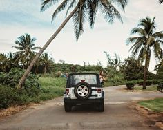 Stephanie + Anil Elopement at Kahana Bay, Hawaii Jump In My Car, Hawaii Elopement, Colored Sand, Good Morning Friends, Oahu Hawaii, Beach, Photography, Wedding, Diy Colored Sand
