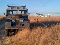 Adventures in Africa Land Rover Serie 1, Land Rover Defender, Land Rover Off Road, Best 4x4, British Colonial Style, Old Trucks, Lifted Trucks, Over The River, Majestic Animals