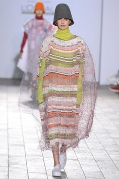 Catwalk photos and all the looks from Central Saint Martins BA Autumn/Winter Ready-To-Wear London Fashion Week Fall Winter, Autumn, Central Saint Martins, Catwalk, Knitwear, Ready To Wear, Saints, Vogue, Collection