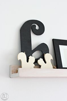 Oravanpesä Koti, Bookends, Symbols, Letters, Home Decor, Decoration Home, Room Decor, Icons, Lettering