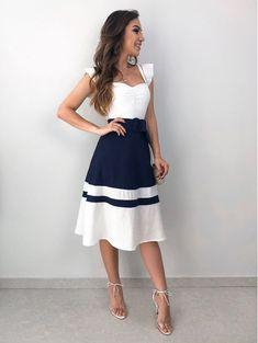 Modelos de Vestidos: Descubra o modelo ideal para o seu corpo! Cute Dresses, Beautiful Dresses, Casual Dresses, Short Dresses, Summer Dresses, 80s Fashion, High Fashion, Fashion Dresses, Womens Fashion