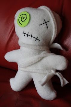 "Zombie plushie/softie. With tutorial and pattern.  From ""Heidi Boyd""."