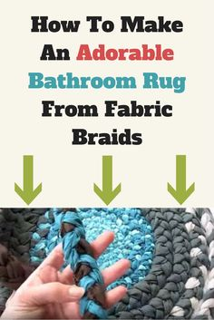 An ingenious way to make a bathroom rug from fabric braids!