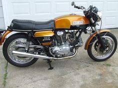 Mid '70s Ducati 750 - Dad had this model