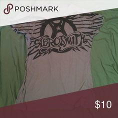 Aerosmith tshirt Short sleeve charcoal Aerosmith tshirt bought at Disney and never worn! Tag says L but would fit S/M Tops Tees - Short Sleeve