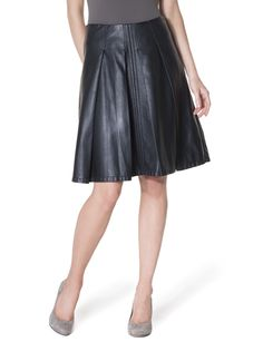 pleated faux leather skirt - want!