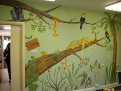 School jungle mural