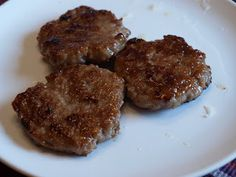 INGREDIENTS: 1 lb ground pork C honey 3 cloves of garlic, crushed 1 tsp. salt 2 tsp chopped or grated onion 2 tsp freshly grated. Lamb Sausage Recipe, Turkey Sausage, Sausage Recipes, Patti Labelle Recipes, Specific Carbohydrate Diet, Scd Recipes, Sausage Breakfast, Pork, Gourmet