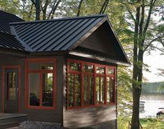 Best 25 brown house exteriors ideas on pinterest big - Chestnut brown exterior gloss paint ...
