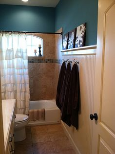 Love the wall!, I would love to do this wall in a mud room I even like it in a bath room! Had to steal it thanks Uncle Rob!