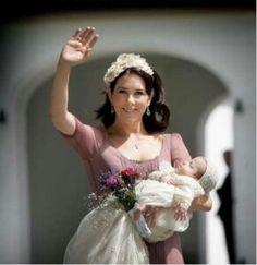 princess isabella christening