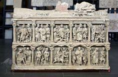 Título: Sarcófago de Junio Basso. Autor: Desconocido Fecha: 359 d. C. Estilo: Paleocristiano. Material: Mármol. Medidas: 2,5 metros de alto y 1,5 de ancho
