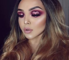 "3,814 Likes, 187 Comments - SONIA   (@sheslayzmakeup) on Instagram: ""SWEET HEART CUT CREASEEE ✨ using a mysterious palette on my eyes! You guys will find out soon what…"""