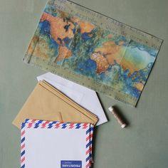 Carnet de voyage avec motif transféré sur tissu et enveloppes pour souvenirs de vacances