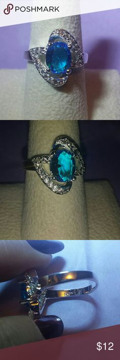 *ONLY 2 LEFT* STAMPED 925, SIMULATED TOPAZ Size 8, Gorgeous with crystal diamond accents Jewelry Rings